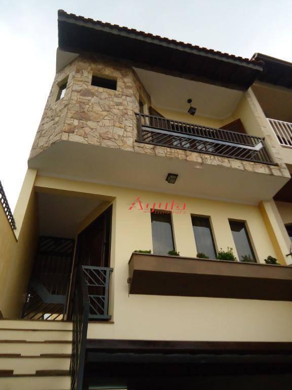 Sobrado com 3 dormitórios à venda, 200 m² por R$ 680.000,00 - Parque Jaçatuba - Santo André/SP