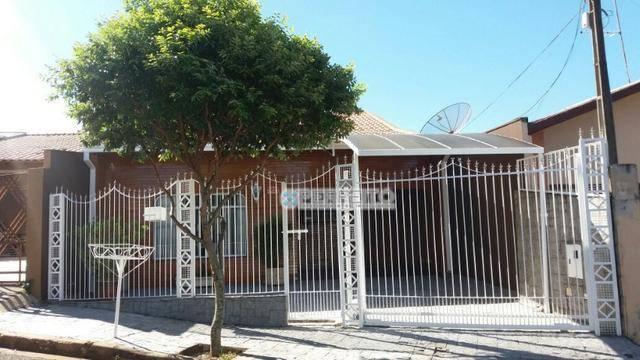 Casa com 3 dormitórios para alugar no Jardim Lilian, 195 m² por R$ 2.300/mês
