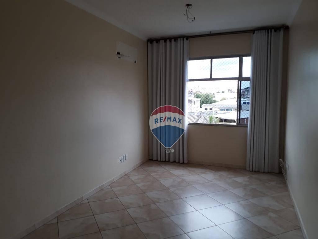 Apartamento com quartos para Alugar, 66 m²
