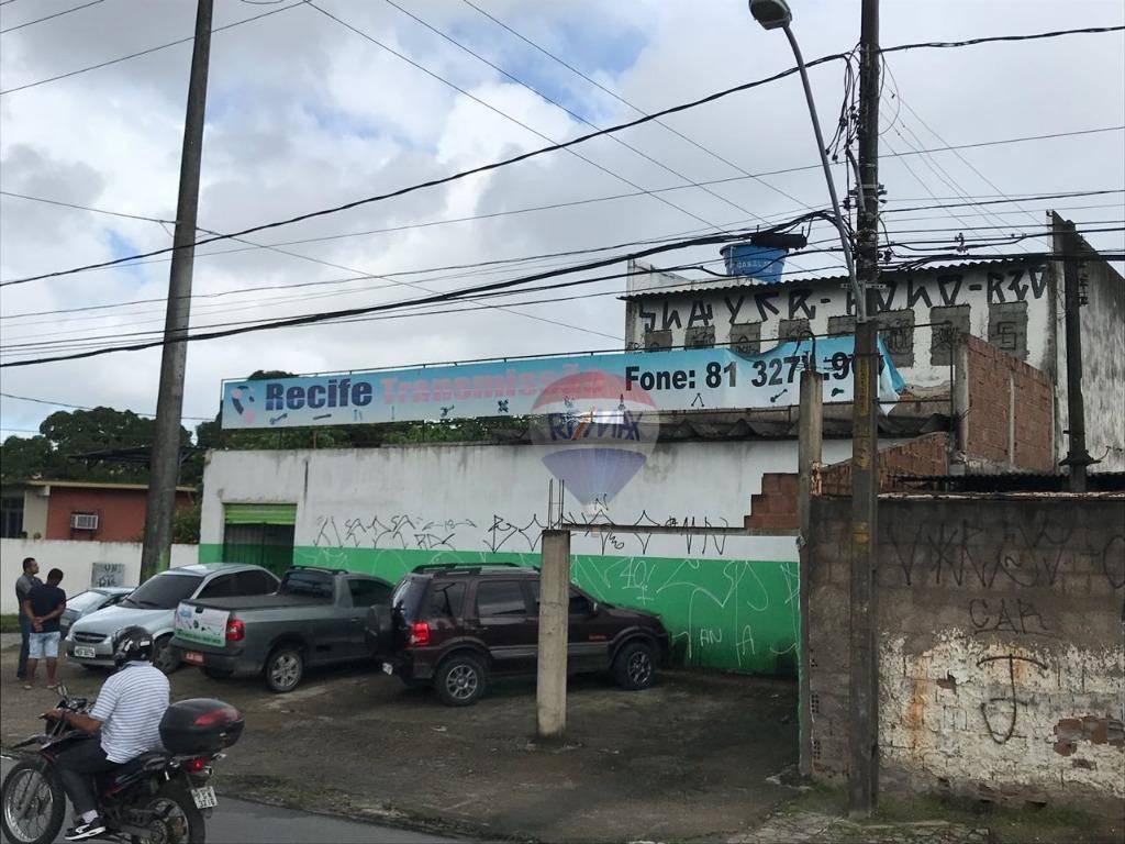 Galpão comercial para venda e locação, Caxangá, na BR 101, pista local.