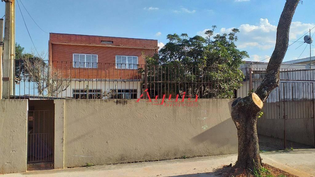 Sobrado com 3 dormitórios à venda, 190 m² por R$ 799.000 - Parque Jaçatuba - Santo André/SP