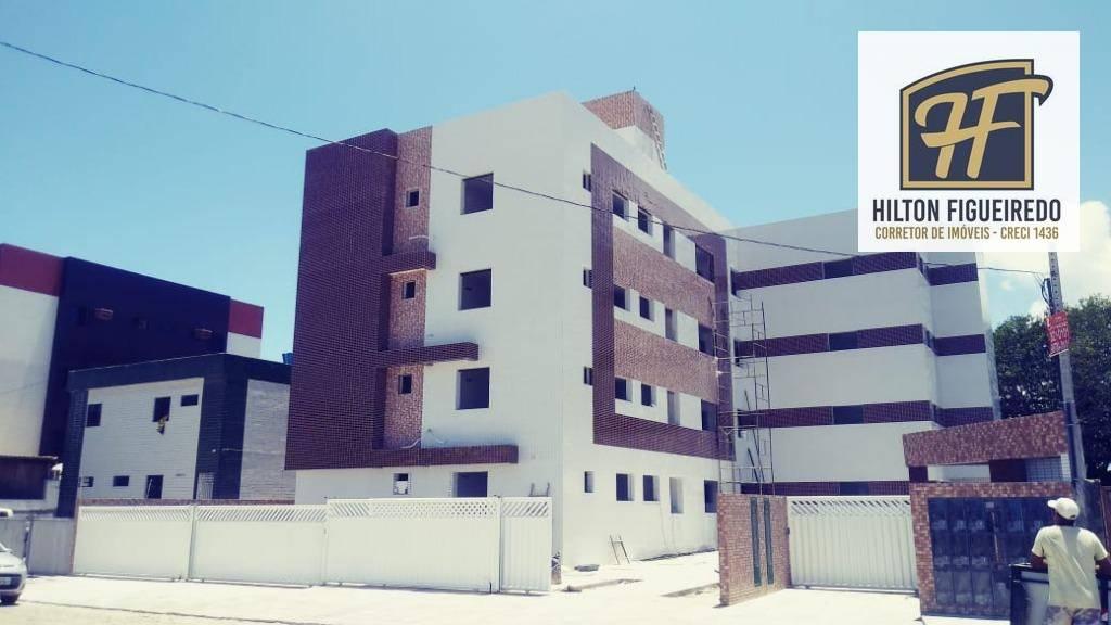 Apartamento com 3 dormitórios à venda, 70 m² por R$ 230.000 - Bessa - João Pessoa/PB