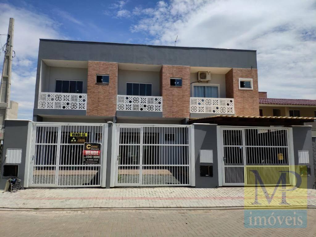 Sobrado residencial à venda, Bairro Itacolomi, Balneário Piçarras.