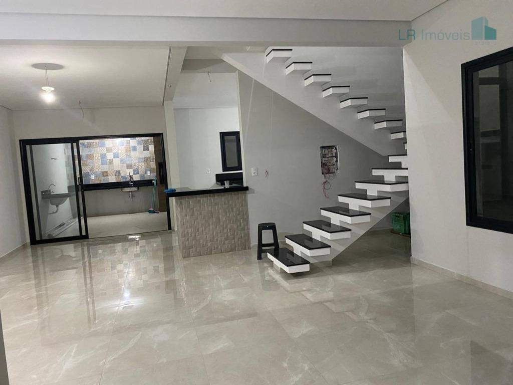 Sobrado com 3 dormitórios à venda, 200 m² por R$ 551.000,00 - Jardim Residencial Veneza - Indaiatuba/SP