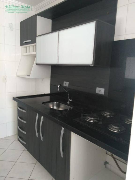 Apartamento com 2 dormitórios para alugar, 58 m² por R$ 1.14
