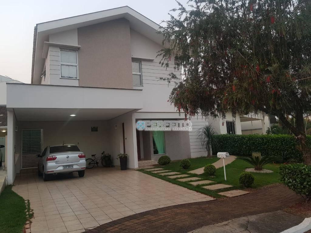 Casa à venda em Londrina no Golden Park com 3 dormitórios, 227 m² por R$ 998.000