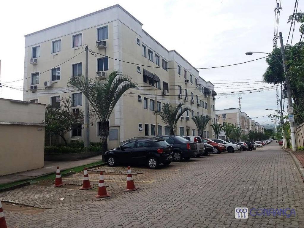 Apartamento com 2 dormitórios para alugar, 48 m² por R$ 850/mês - Campo Grande - Rio de Janeiro/RJ