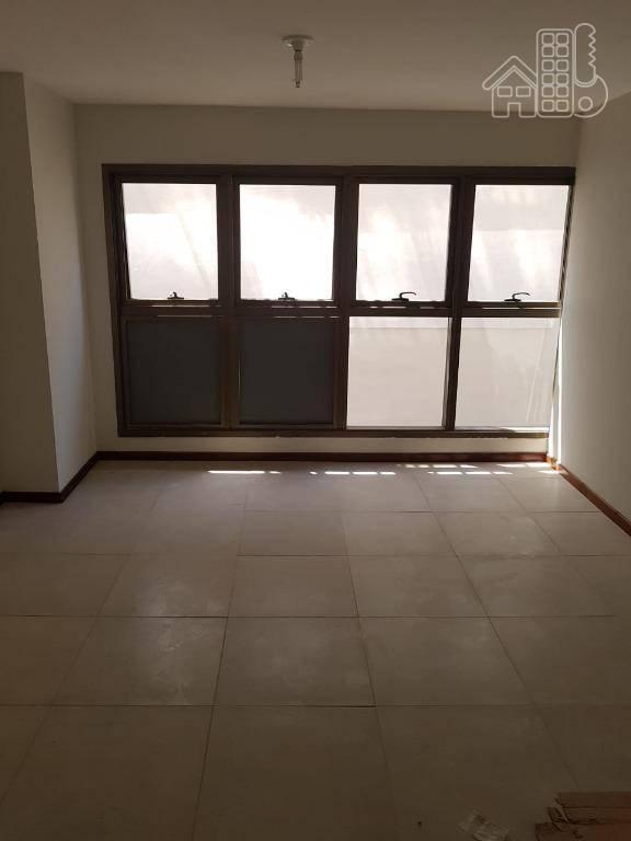 Sala em São Domingos  -  Niterói - RJ