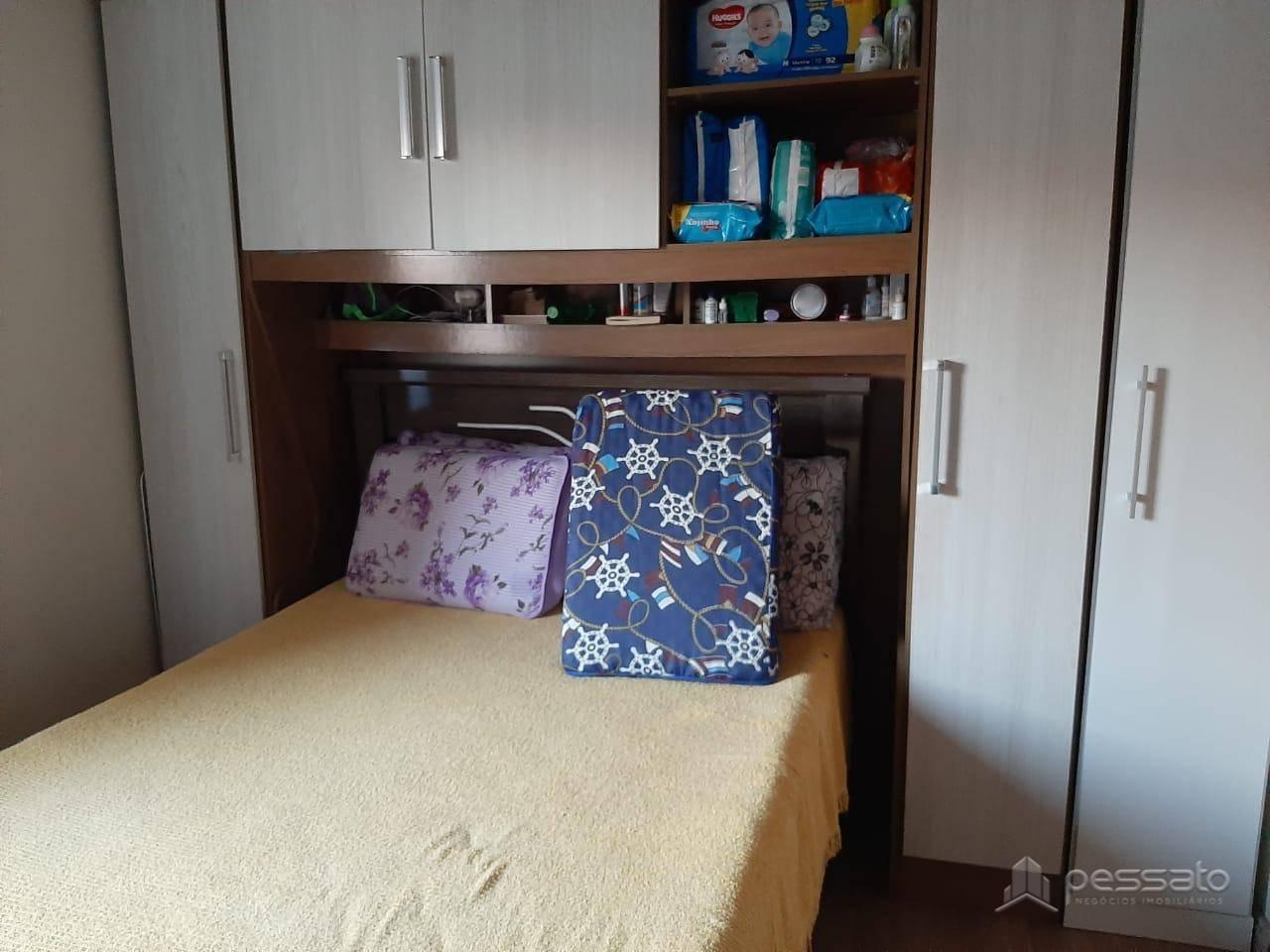 sobrado 2 dormitórios em Cachoeirinha, no bairro Central Parque