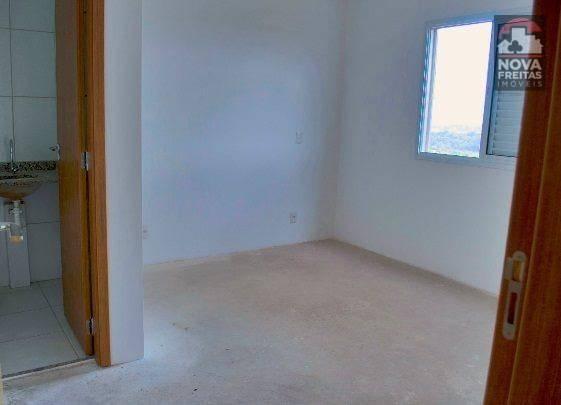Apartamento de 2 dormitórios à venda em Jardim Uirá, São José Dos Campos - SP