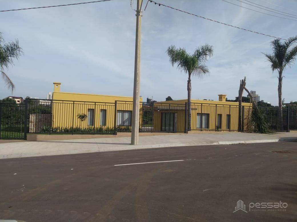 terreno 0 dormitórios em Gravataí, no bairro Centro