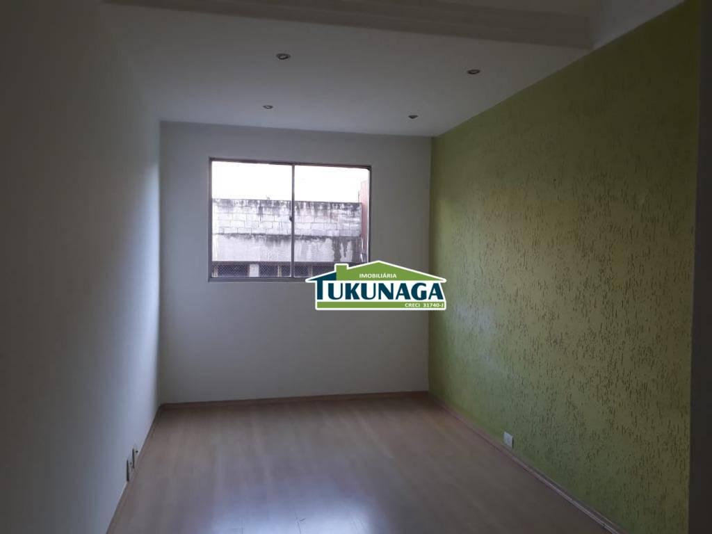 Apartamento com 2 dormitórios para alugar, 62 m² por R$ 850/mês - Gopoúva - Guarulhos/SP