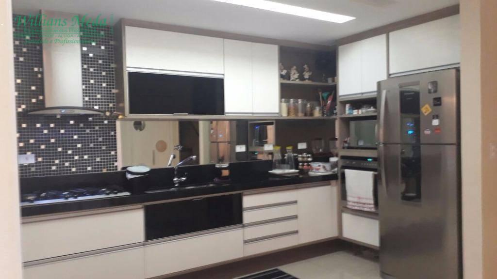 Sobrado com 3 dormitórios à venda, 127 m² por R$ 790.000 - Portal dos Gramados - Guarulhos/SP