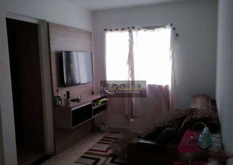 Apartamento residencial à venda, Alves Dias, São Bernardo do Campo.