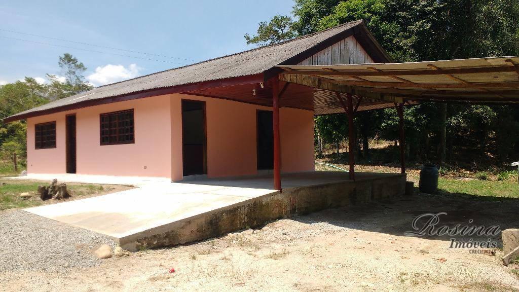 Linda Chácara medido 25.167 m² localizada na estrada do sambaqui em Morretes/Pr