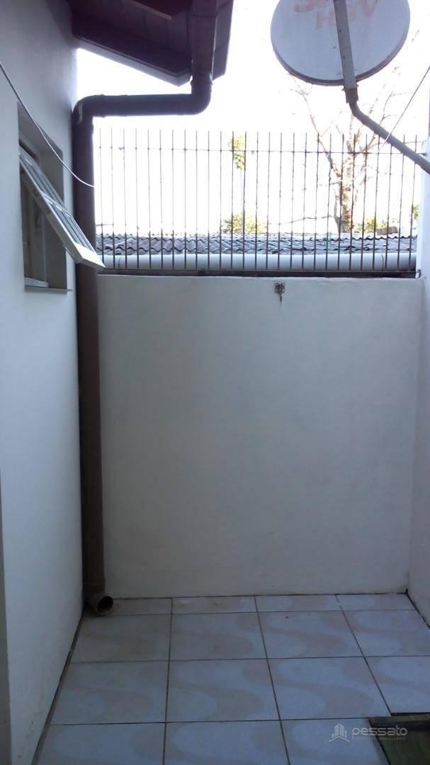 casa 2 dormitórios em Gravataí, no bairro Natal