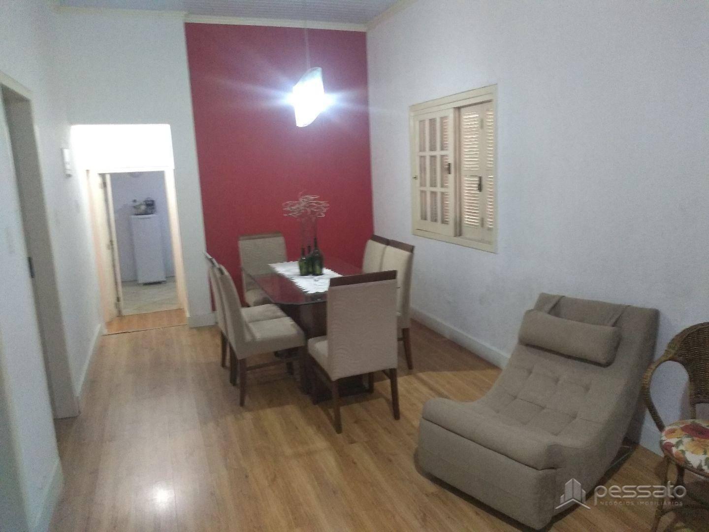 casa 3 dormitórios em Porto Alegre, no bairro Jardim Itu Sabará
