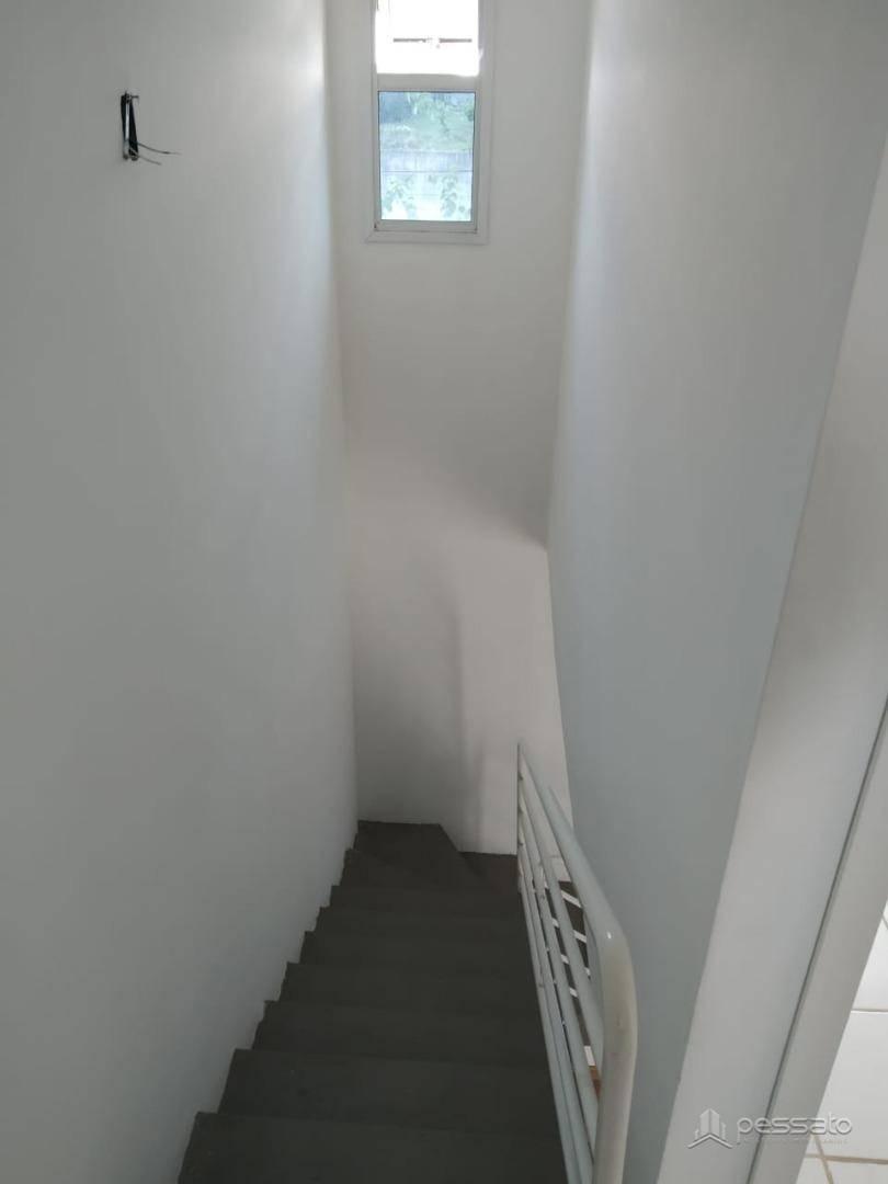 sobrado 2 dormitórios em Gravataí, no bairro Vila Morada Gaúcha