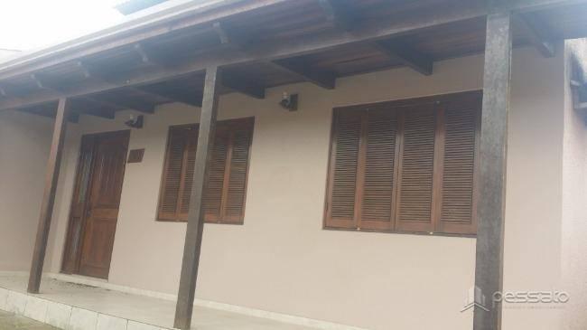 casa 4 dormitórios em Cachoeirinha, no bairro Parque Da Matriz