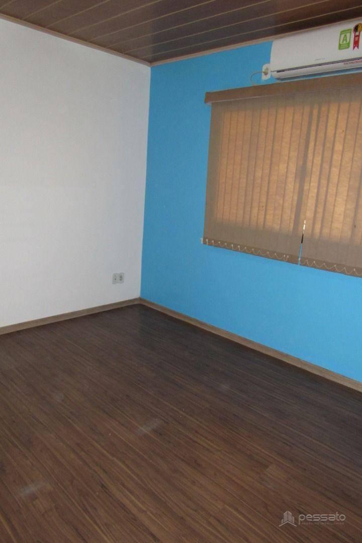 casa 5 dormitórios em Gravataí, no bairro Vera Cruz