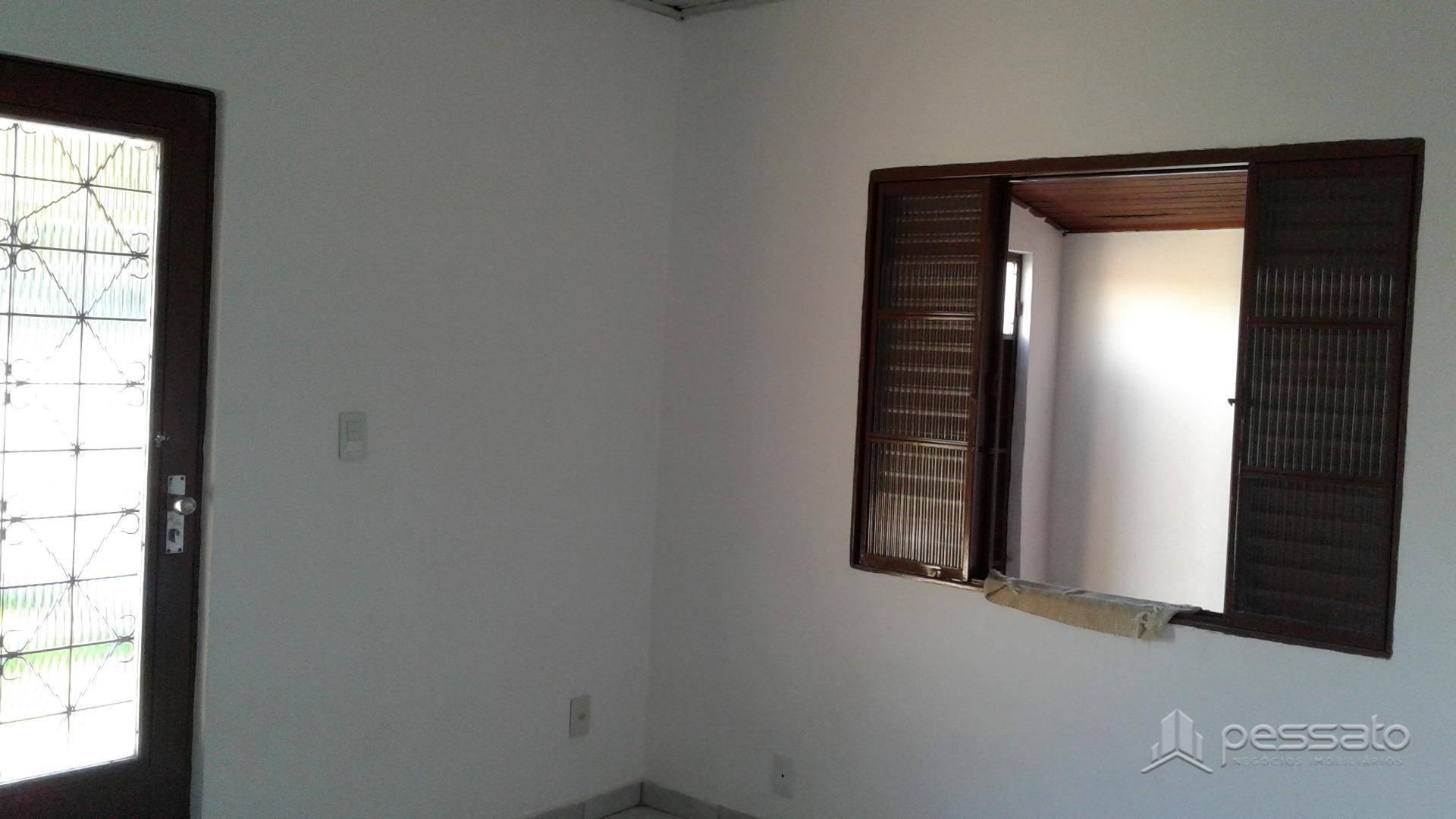 casa 3 dormitórios em Gravataí, no bairro Planaltina