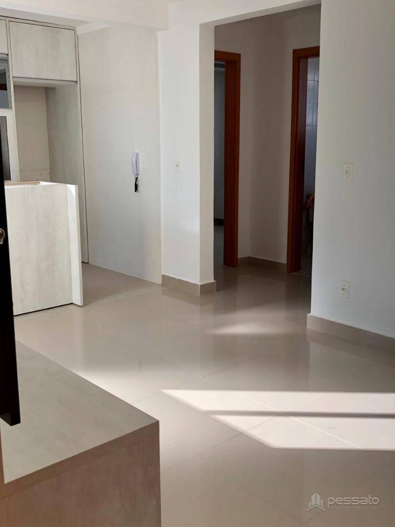 apartamento 2 dormitórios em Canoas, no bairro São José