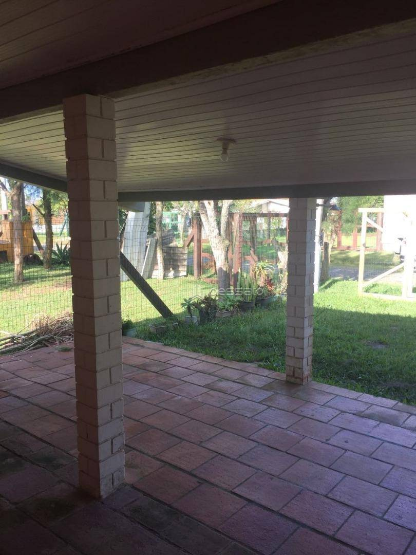 casa 4 dormitórios em Tramandaí, no bairro Jardim Atlântico
