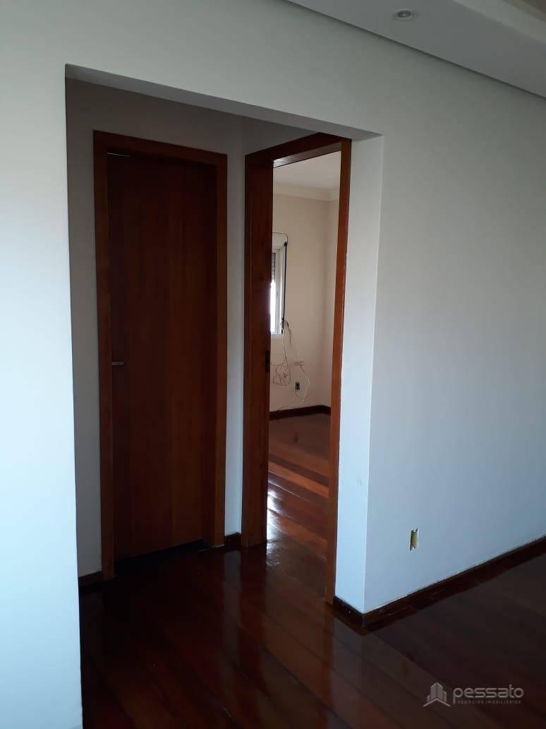 apartamento 2 dormitórios em Cachoeirinha, no bairro Vila Cachoeirinha