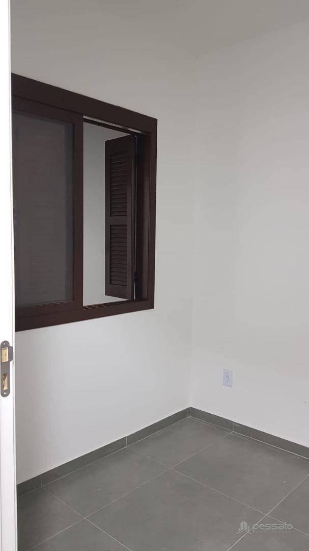 casa 2 dormitórios em Cachoeirinha, no bairro Jardim Do Bosque
