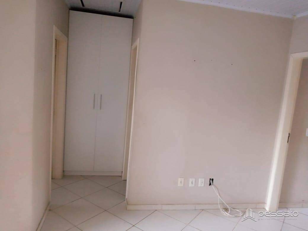casa 2 dormitórios em Gravataí, no bairro Novo Mundo