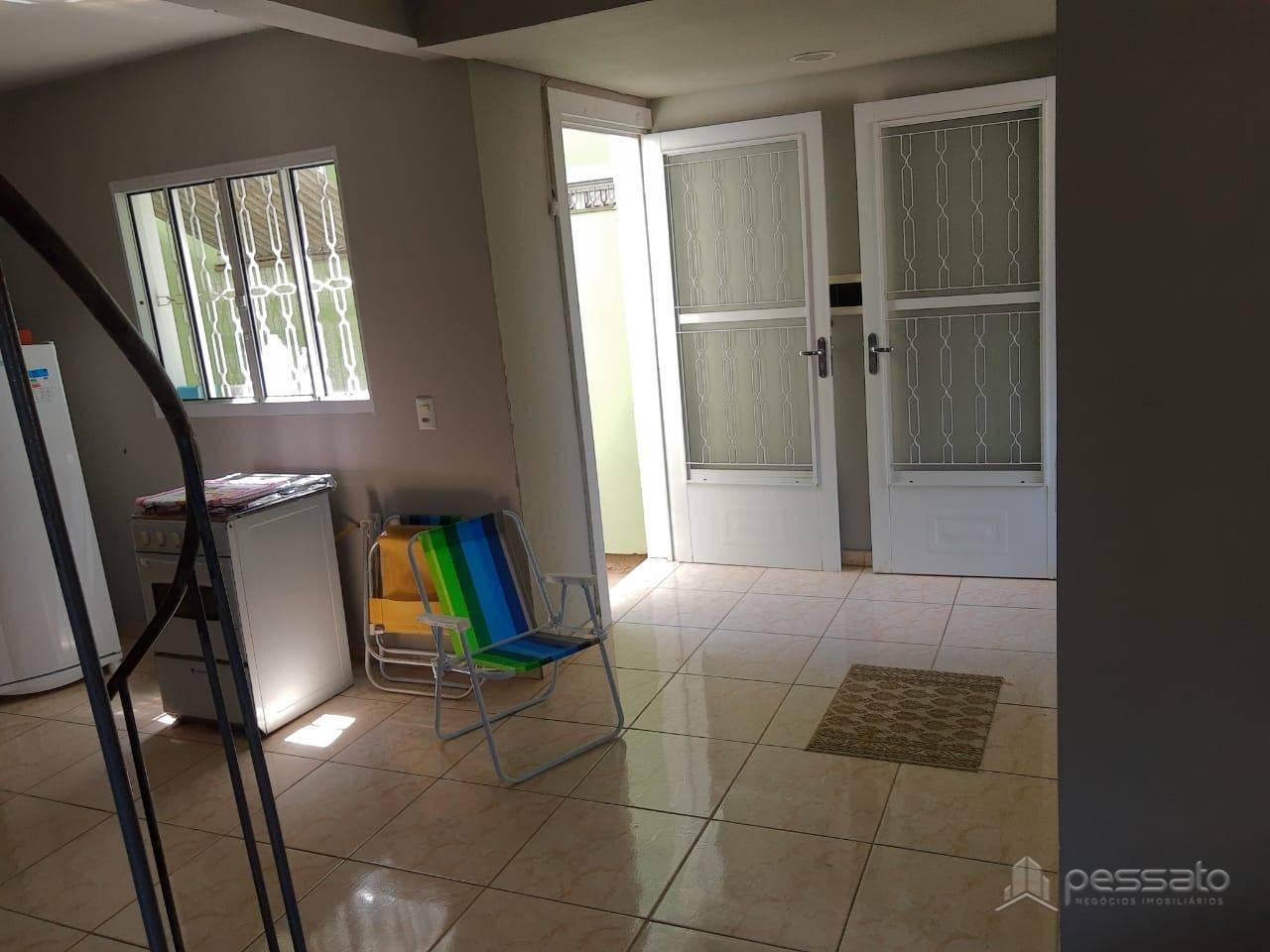 sobrado 2 dormitórios em Gravataí, no bairro São Vicente
