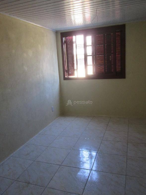 sobrado 2 dormitórios em Gravataí, no bairro Barnabé