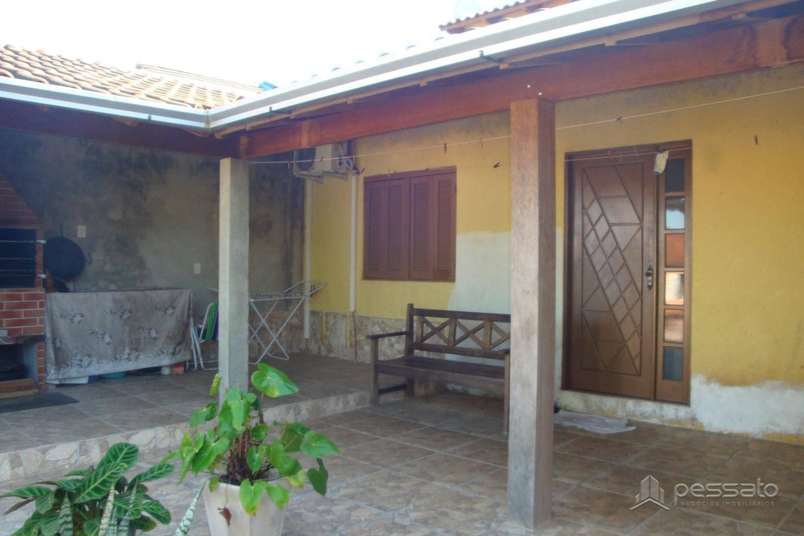 casa 2 dormitórios em Gravataí, no bairro Loteamento Jardim Timbaúva