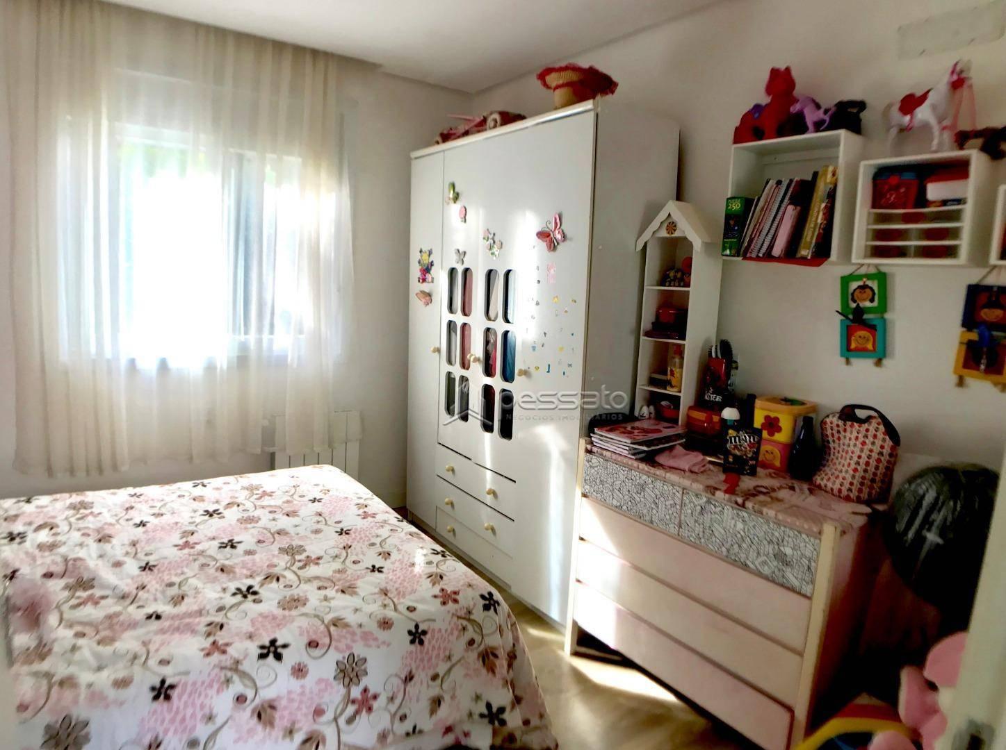 casa 3 dormitórios em Gravataí, no bairro Palermo