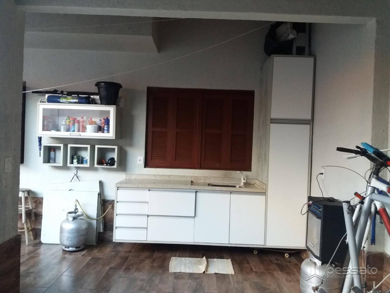 casa 3 dormitórios em Gravataí, no bairro Girassol