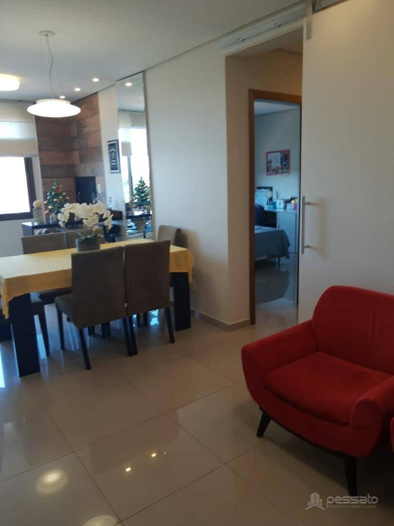 apartamento 3 dormitórios em Cachoeirinha, no bairro Vila Cachoeirinha