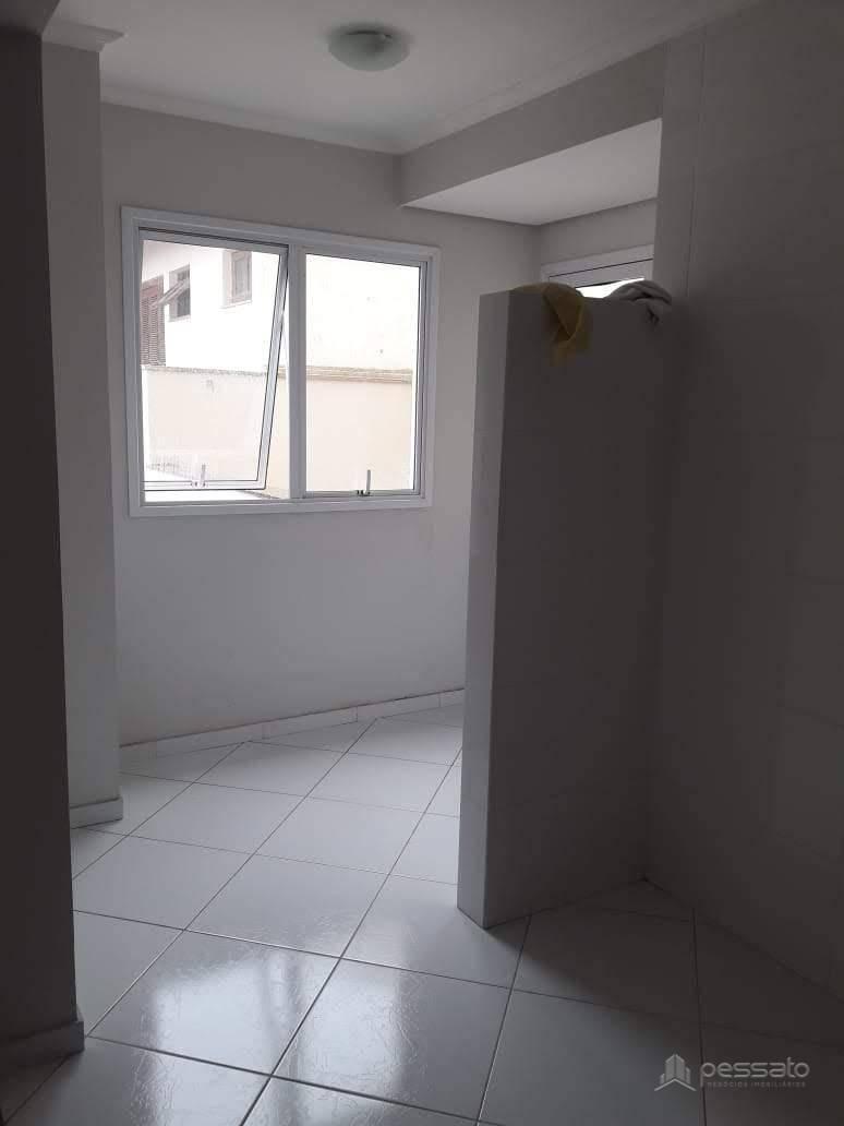 apartamento 2 dormitórios em Gravataí, no bairro Dom Feliciano