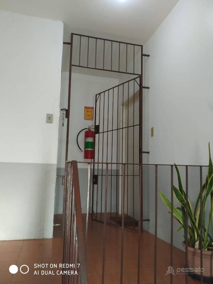 prédio 0 dormitórios em Gravataí, no bairro Vila Branca