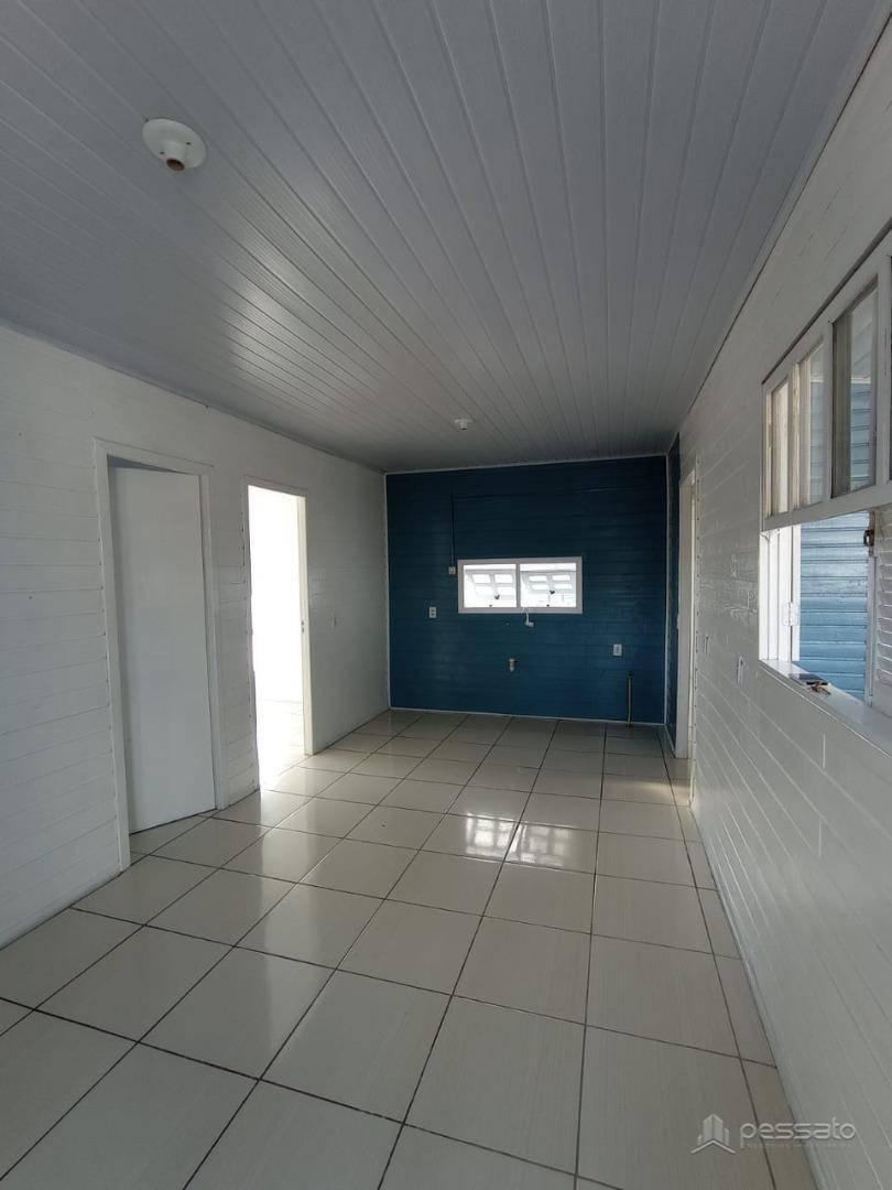 casa 2 dormitórios em Gravataí, no bairro Centro