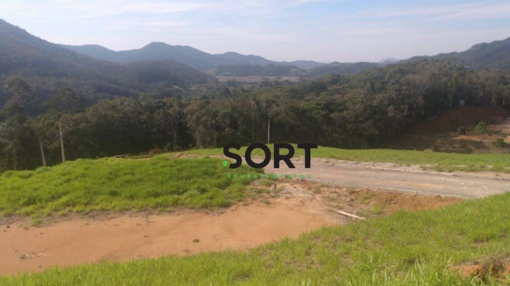 Terreno em Condomínio de Chácaras localizado em Camboriú.
