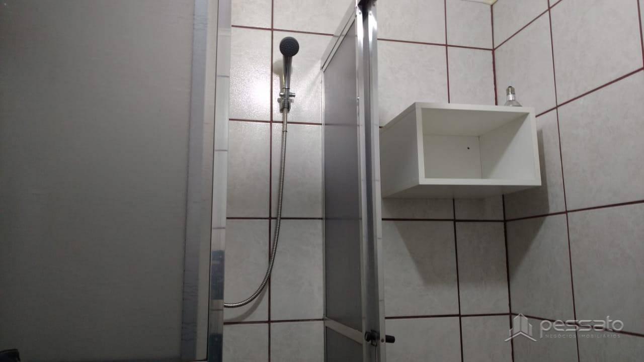 apartamento 2 dormitórios em Porto Alegre, no bairro Humaitá