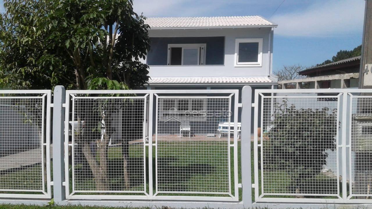 casa 2 dormitórios em Glorinha, no bairro Centro