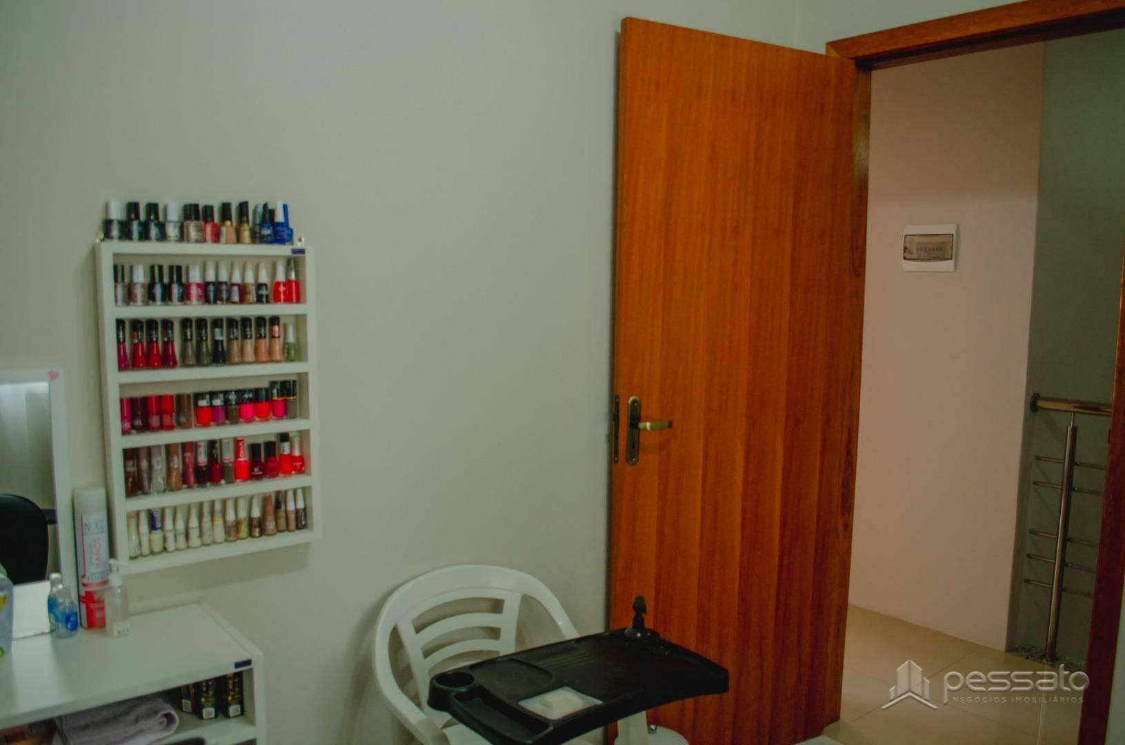 casa 3 dormitórios em Gravataí, no bairro Bela Vista