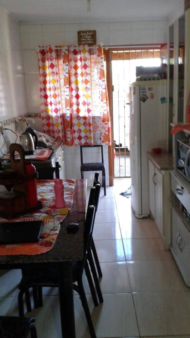 casa 2 dormitórios em Gravataí, no bairro Itacolomi