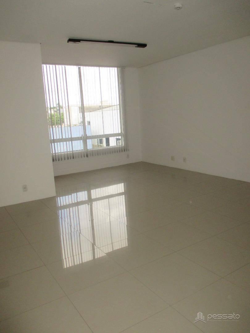 sala 0 dormitórios em Gravataí, no bairro São Jerônimo